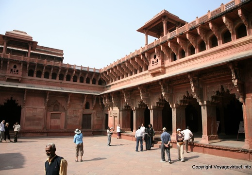 agra-fort-rouge-jahangir-palace-138.jpg