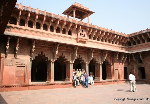 agra-fort-rouge-jahangir-palace-144.jpg