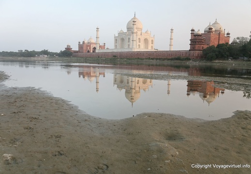 agra-taj-mahal-sunset-yamuna-reflect-14.jpg