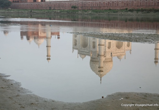 agra-taj-mahal-sunset-yamuna-reflect-15.jpg