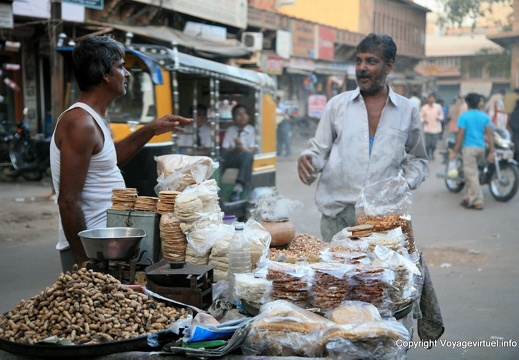 jodhpur-old-city-sardar-bazar-16.jpg