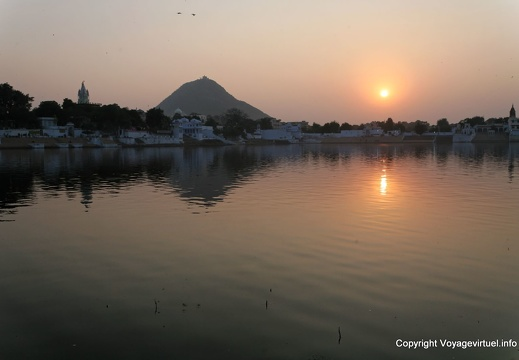 pushkar-sacred-lake-41.jpg